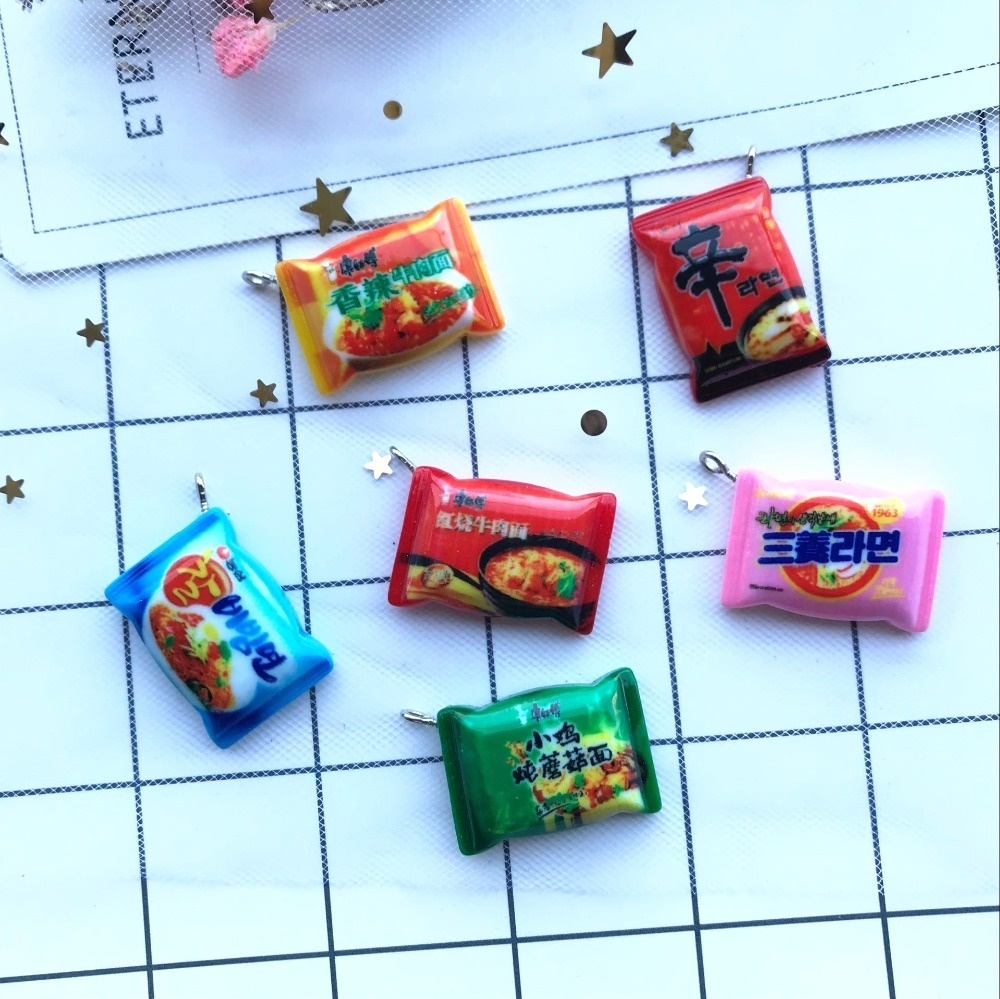 10pcs Kawaii Resin Fashion Instant Noodles Charms  For DIY Decoration Neckalce Earring Key Chain Jewelry Making