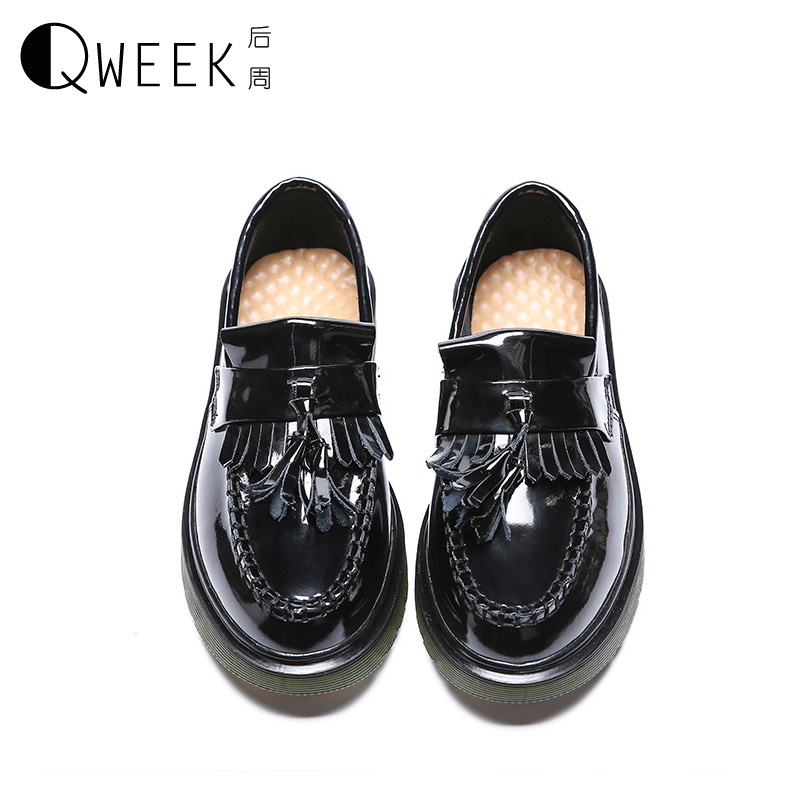 QWEEK Slip on Round Toe Flat Women Shoes Retro Solid Color Shallow Mouth PU Soft Leather Tassels British Style Shoes Size 35-43 size 35 39 pointy toe flat platform shoes pigskin leather shoes black white color slip on women s shoes