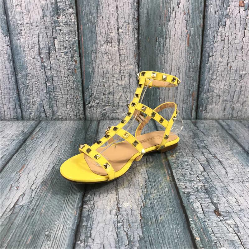 Kmeioo Võ Sĩ Giác Đấu Cho Nữ Đinh Tán Đính Giày Sandal Cắt-Ra Bãi Khóa Dây Đeo Người Phụ Nữ Thời Trang Mùa Hè Nữ Lớn kích Thước