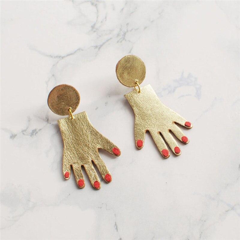 BOAKO 2018 Новый персонализированные красный ногти сливовый серьги в форме девушки крошечные золотой тон руки Длинные Висячие серьги для Для же...