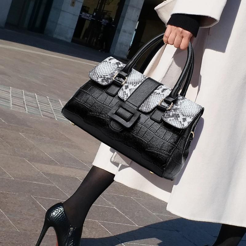 Fashion Women Bag Ladies Luxury Snake Pattern Shoulder Messenger Bags Designer Handbags High Quality Ladies Big Capacity Tote