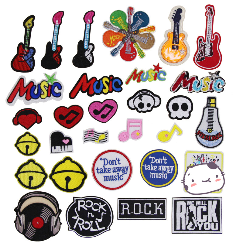 Embroidered Iron On Patches Sew On Patches Embroidery Applikations Applique by Catch-the-Patch.de Peace Guitar Hippie Guitar Music Lovers Patch  5 x 12,8 cm