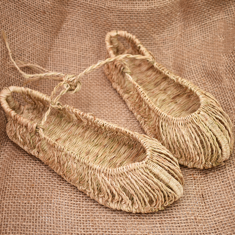 2019 summer new sandals handmade personalized woven sandals Chinese ancient style men s slippers lovers shoes