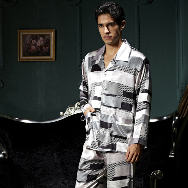 Hot Sale Men Pajamas Casual Full Sleeve Pijama Turn-down Collar Pyjama Button Sleepwear Emulation Silk Soft Nightwear New 7216