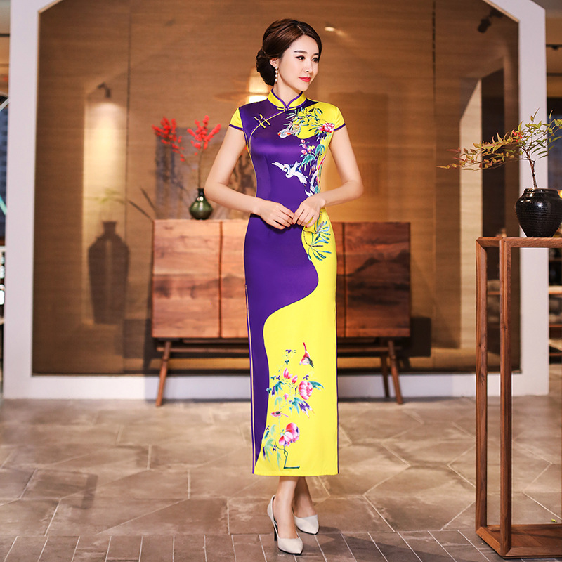 2019 Summer Long Cheongsam Novelty Chinese style Dress Womens Rayon Qipao Slim Party Dresses Lady Button