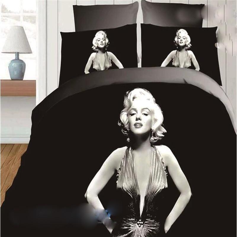 Русская девушка в чёрном платье на кровати фото 344-151