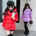 Девушки Зимнее Пальто 2016 Детей Мода Мягкий Cooton Куртка Девушки длинный отрезок теплая куртка малыш Толстые Ватные Пиджаки С Капюшоном