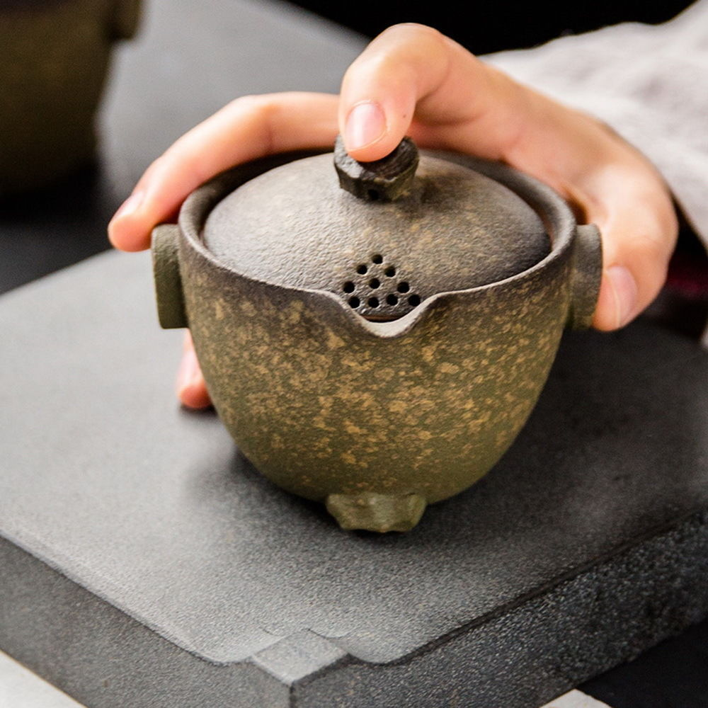 Thé Gongfu en céramique de récif d'océan Gaiwan avec couvercle de filtre et ensemble de thé de deux tasses 3 pièces
