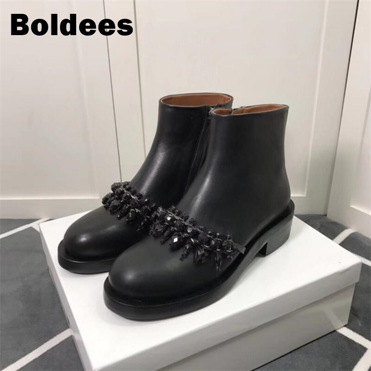 все цены на Black Leather Side Zipper Rhinestone Chain Ankle Boots Woman Round Toe Real Flat With Martin Boots Women Fashion Zapatos Mujer онлайн