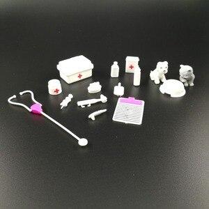 Image 3 - Puppe Spielset Medizinische geräte kit Liefert Puppe Haustier Für Barbie puppe Zubehör Baby Spielzeug Weihnachtsgeschenk Puppe Haus Dekoration