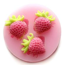 2019 Hot New Three Holes Strawberry Fruit Silicone Mold Fondant Molds Sugar Craft Tools Chocolate Mould For Cakes