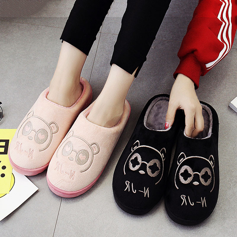 Original Design Embroidery Cartoon Lovers Home Slippers Warm Winter 2017 New Fashion House Lovely Big Sizes Slip On Women Shoes