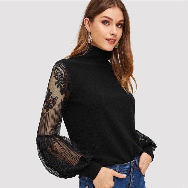 Blusa negra cuello alto manga larga encaje 3