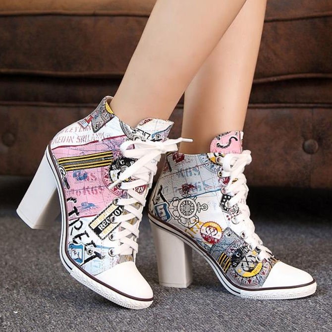 New!!! Fashion Cartoon Printing Leather Women Boots Lace-up Ankle Boots Casual Shoes Woman Comfort Chunky High Heels Botas Mujer fashion army green camouflage canvas shoes woman rivets thin high heels boots botas sweet lace up ankle boots women femininas