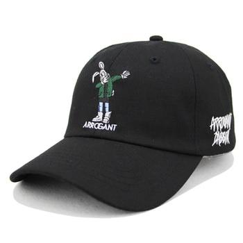 Conejo bordado gorra de béisbol blanco y negro disponible unisex sombreros  algodón ajustable SnapBack sombreros hip-hop rap Cap sombreros 47f498097e1