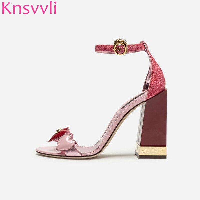 Knsvvli d'été date en forme de coeur en cuir verni à talons hauts chaussures de femme un mot bande chunky talon femmes sandales rose femmes pompes