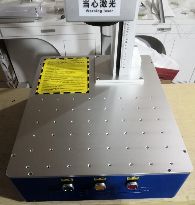 30W integrierte faser laser kennzeichnung maschine metall kennzeichnung maschine edelstahl laser stecher maschine