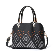 European and American style stereotyped fashion female bag worn one shoulder women handbags