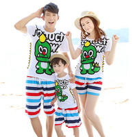 Family Matching Outfits 2018 Summer Family Look Clothing Set Casual Seaside beach Dinosaur Suits Mother And Daughter Clothes