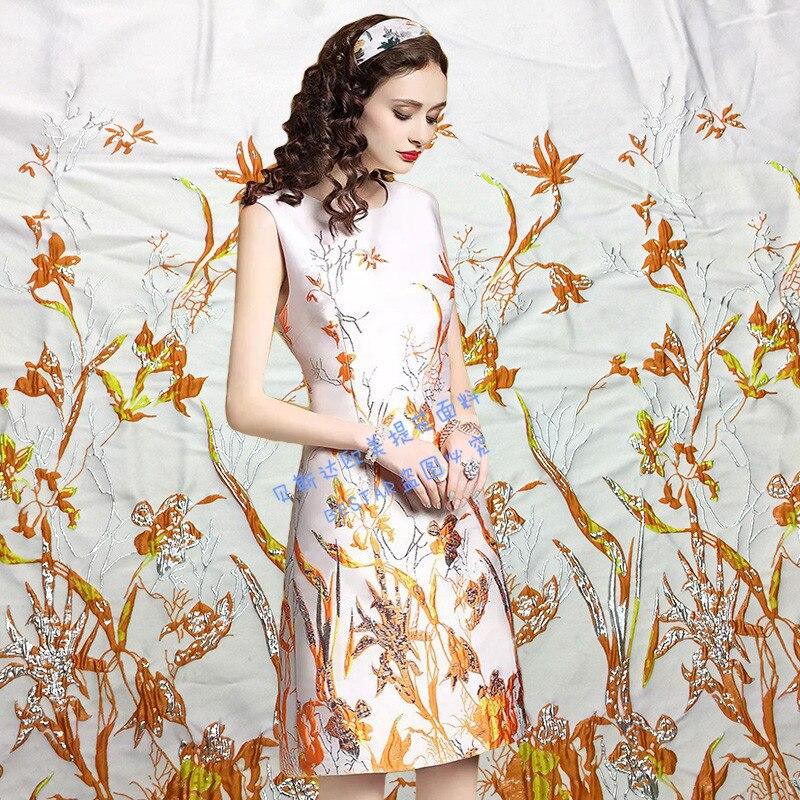 Élégant or européen et américain positionnement Jacquard tissus vêtements mode tissus haut de gamme robes robe tissus printemps