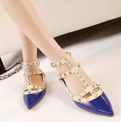 ФОТО Hot Sales Lady Shoes Fashion Brand Lady Flat Shoes Rivets Designer Casual Ladies Flat Shoes  Women Flats 6 Colors ML1376-2