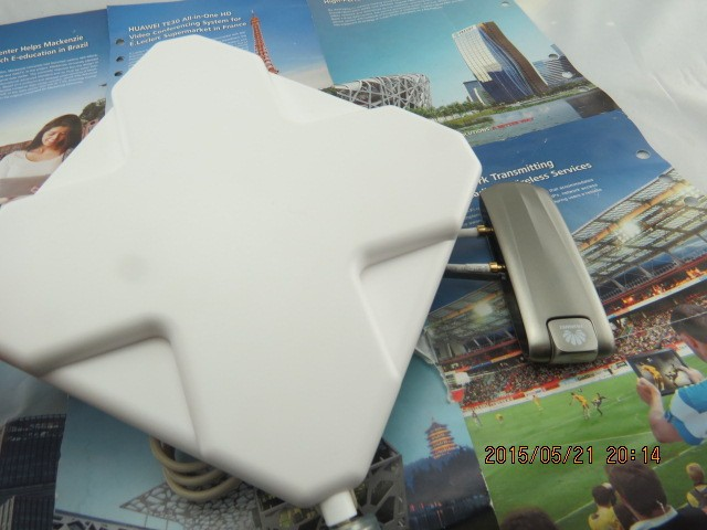 LTE-FDD 100Mbps HUAWEI E398u-1 4G LTE Sim Card Dongle And 4G Antenna_2 TS9 connectors)