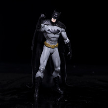 Anime Figure Superheroes Batman Green Lantern Flash Superman Wonder Woman PVC Action Figures Kids Toys Dolls Model 17cm