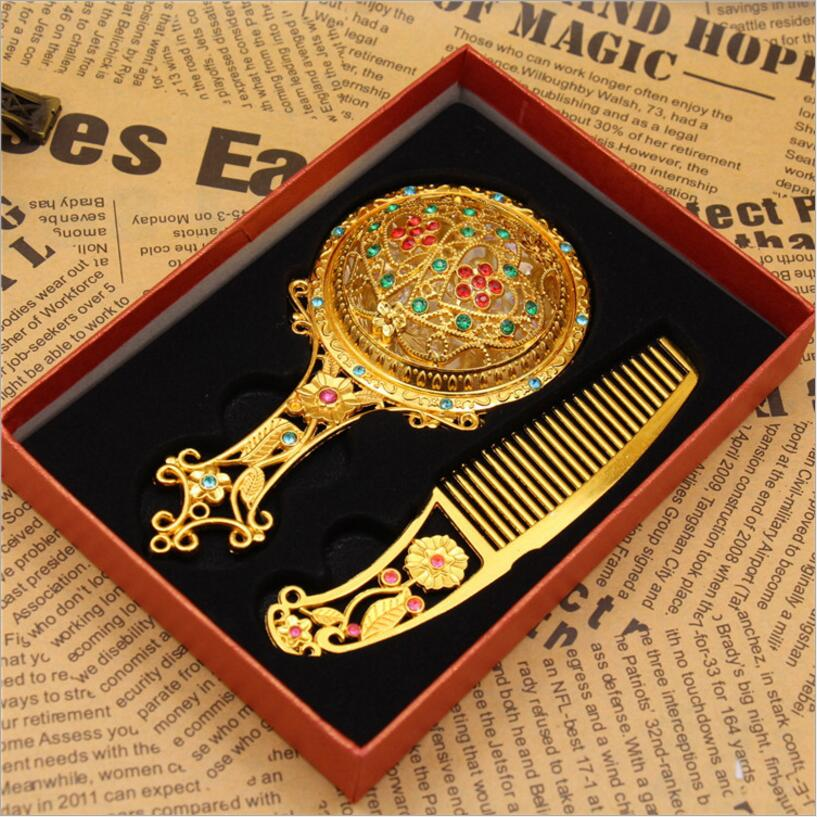 Aktiv Klassische Gold Farbe Maquillaje Espejo Retro Kristall Blumen Metall Portable Spiegel Kamm Set Make-up Spiegel Vintage Kosmetikspiegel QualitäT Und QuantitäT Gesichert Schminkspiegel