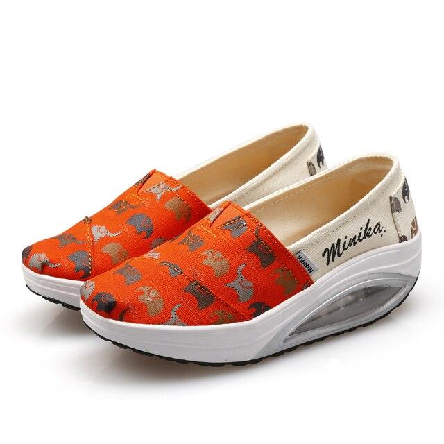 low priced 2a38a f6df4 US $19.89 50% di SCONTO Donne Sneakers Piattaforma Elephant Stampa Slip On  Scarpe A Dondolo Forma Ups Scarpe Tonificanti per Donna Ragazze in Donne ...