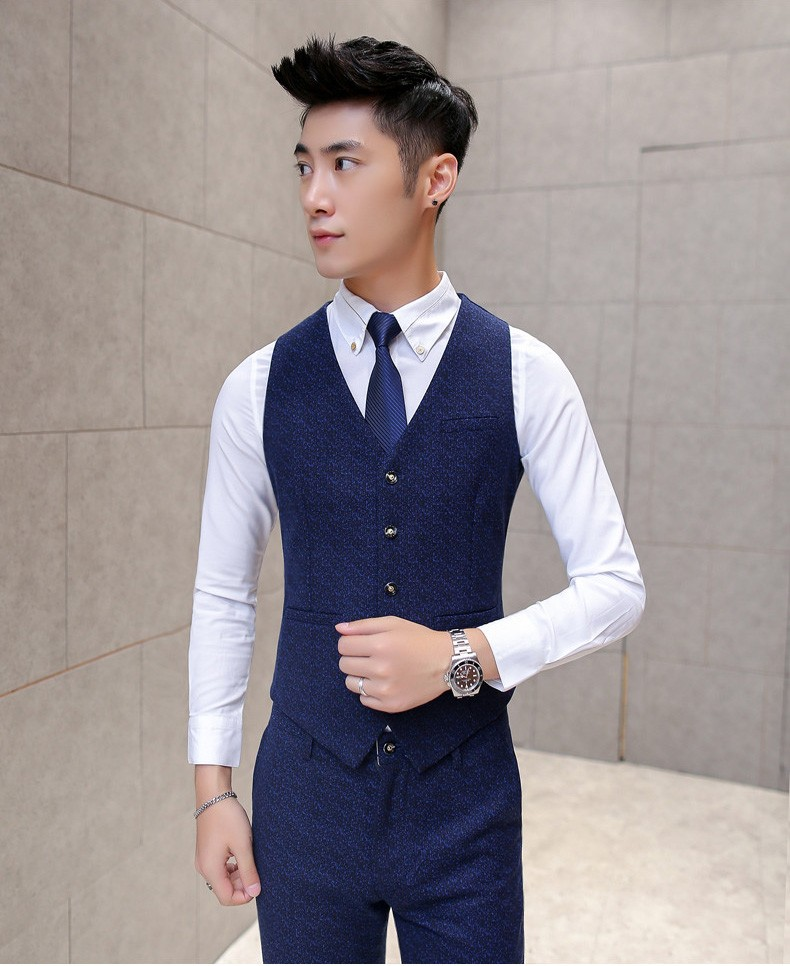 navy vest 2