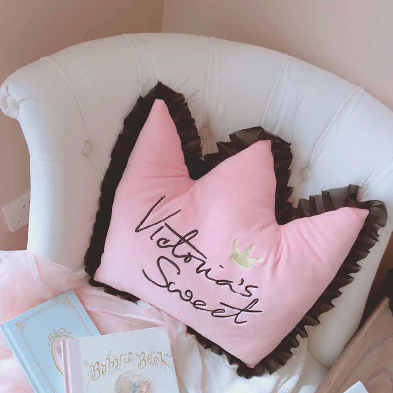 Glück Boy Sonntag Crown Bowknot Stickerei Gefüllte Kissen Sofa Kissen Bowknot Auto Kissen Für Hals Entspannen Mädchen Zimmer Dekoration