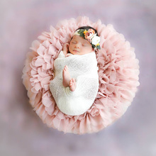 2pcs/lot Soft Chiffon Round Blanket for NEWBORN PHOTOGRAPHY PROPS Diameter around 49 50cm  BABY SHOWER GIFT