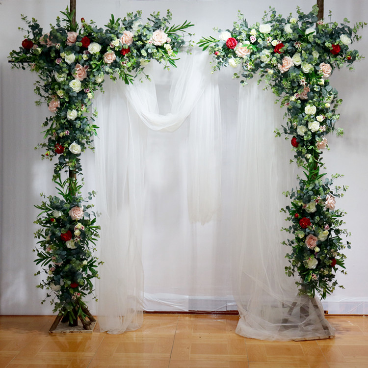 Designer Wedding Flowers: Artifical Roses With Grass Green Wedding Flower Backdrop