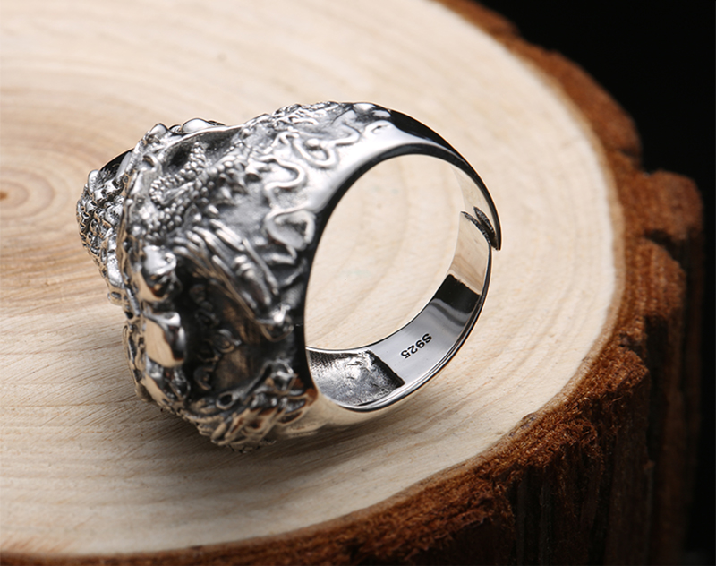 925 Sterling Silver Gothic Skull Ring