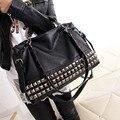 2017 bolsos de las mujeres grandes bolsas bolso de la motocicleta negro remache bolsa bolso de marca tamaño grande