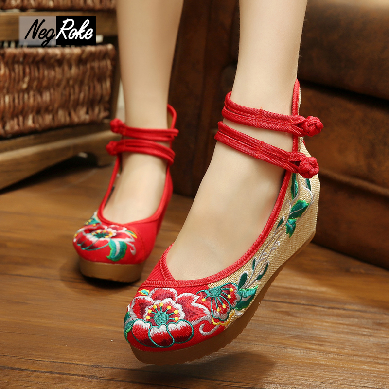Fashion 5cm wedge heels women pumps shoes Chinese flowers embroidery casual high heels platform sexy women shoes pumps plus size big size high heels round toe women platform shoes cool casual white lace wedge black creepers medium pumps mesh chinese fashion