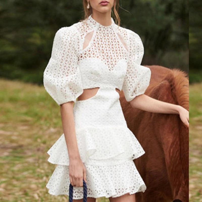 Haute qualité blanc évider dentelle Mini robe pour les femmes printemps élégant col rond à manches longues coton robe Vestidos