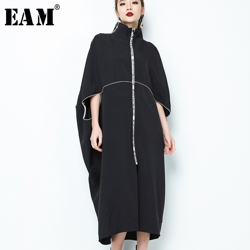 [EAM] 2019 New Spring  Stand Collar Long Sleeve Black Letter Zipper Irregular Big Size Solid Dress Women Fashion Tide JE65001