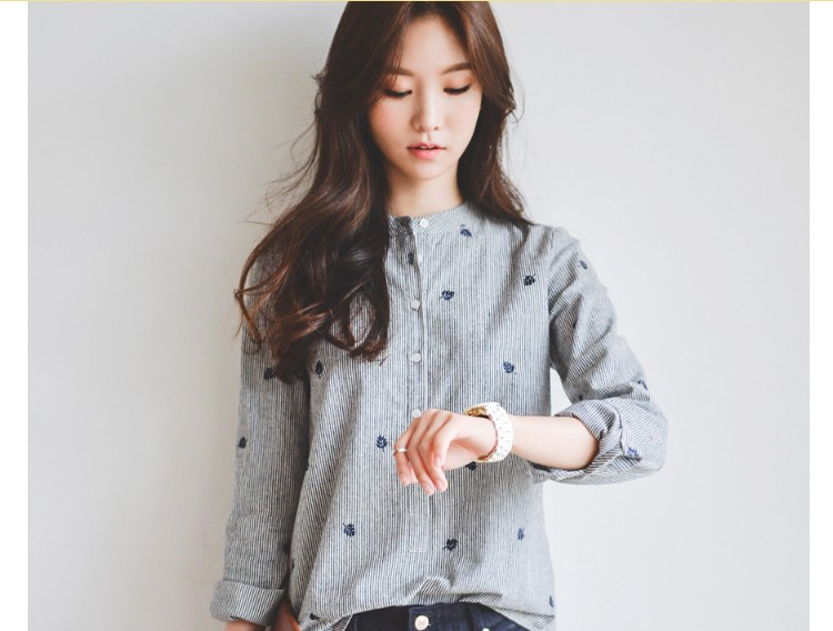 2018 Autumn Shirt Leaves Embroidery Long Sleeve Women Blouses Female Ladies Casual Shirts Women Tops Striped