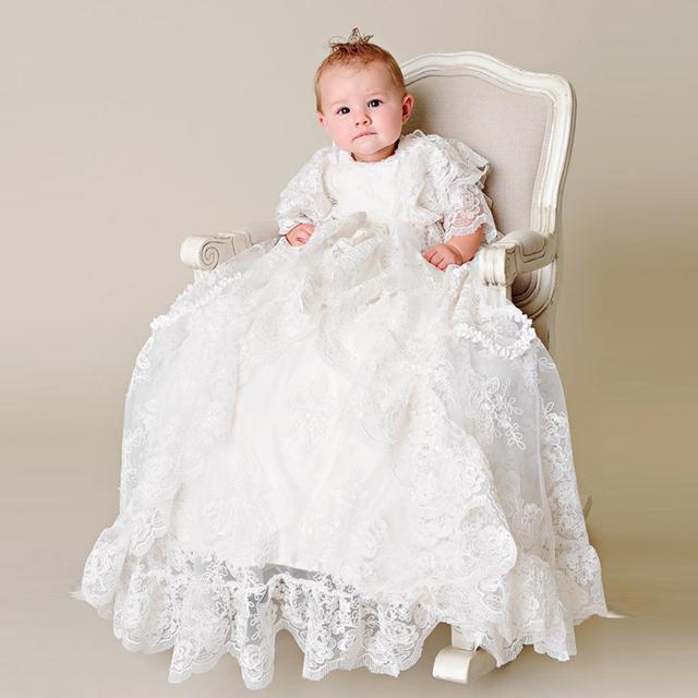 Herança-estilo de Volta Botão de Três Quartos Vestido de Seda Batismo Formal de Babados de Renda Bordado Bebê Menino Batizado Vestidos Nova