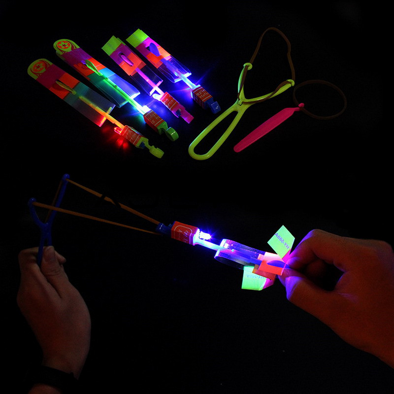 LED Arrow Helicopter LED Amazing Arrow Flying Helicopter Umbrella Parachute Kids Toys Space UFO LED Light Christmas Halloween