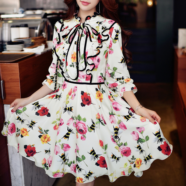 5cf422bd23af Dabuwawa ruffled girly bow balloon sleeve A line floral midi dress ...