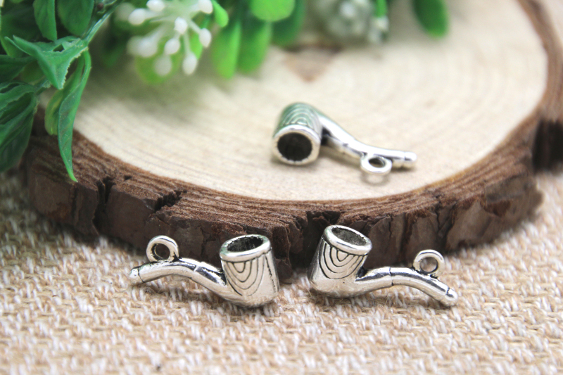 10 x Tibetan Silver PIPE SMOKING DAD GRANDDAD 3D 20mm Charms Pendants Beads
