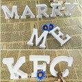 Venda quente 8*1.2 cm Inglês Alfabeto Letra e Números De Madeira Artesanato De Madeira Branca Decoração Da Casa Do Vintage Adereços Tiro Partido Fontes do evento