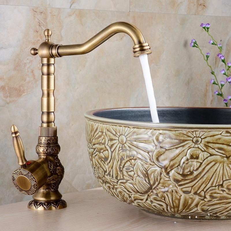 купить Brass Kitchen Faucet European Antique Faucet Retro Carved Basin Faucet Rotating Single Handle Tap Brass bathroom accessories по цене 4270.24 рублей