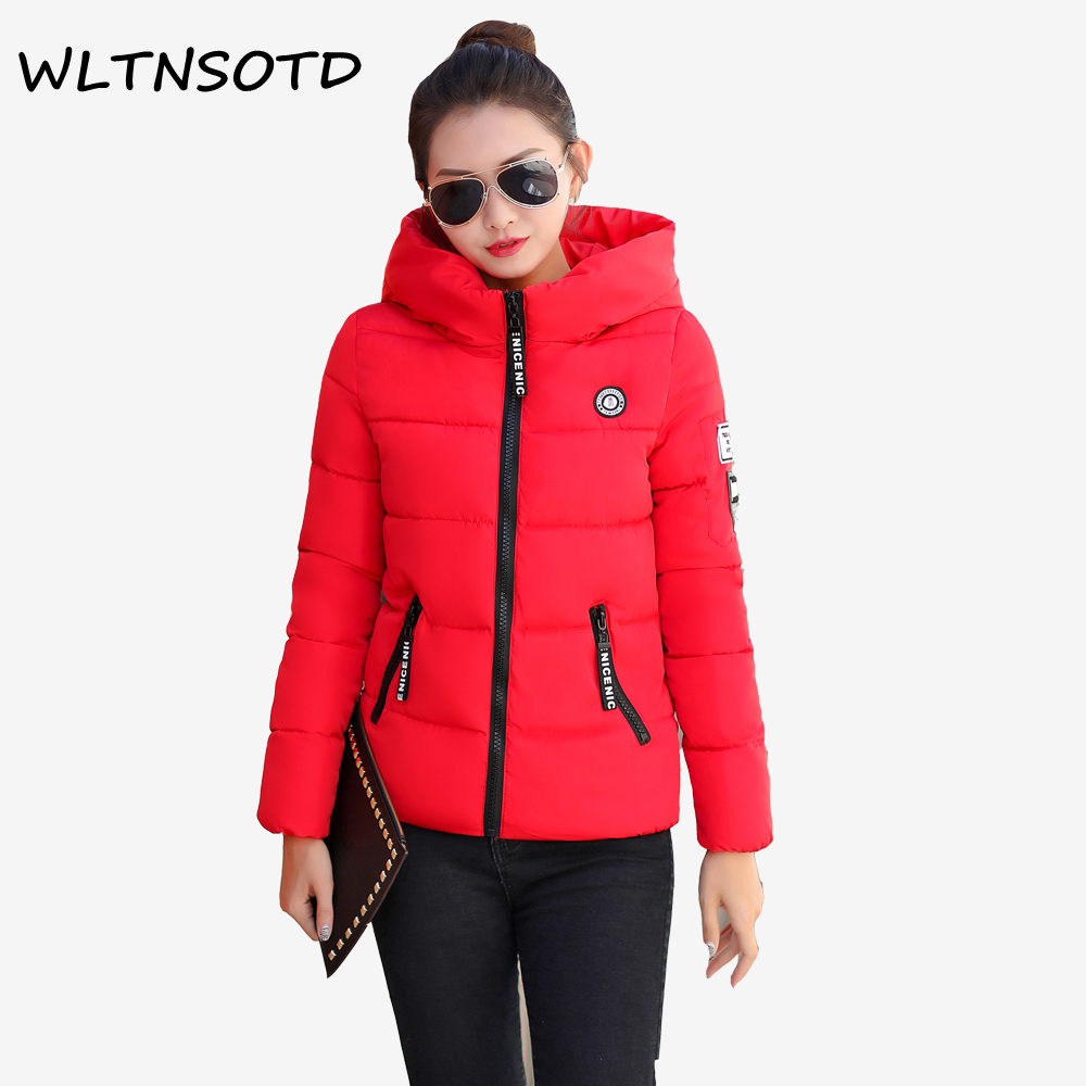 2017 New winter cotton coat women short Slim printing Hooded jacket Female fashion badge warm Large size Parkas 2017 new women winter cotton coat long slim hooded badge pattern warm jacket female fashion solid parkas