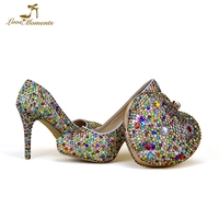 Разноцветные женские свадебные туфли с Сумочки в комплекте Роскошная обувь с украшением в виде кристаллов и кошелек наборы дамы мать обувь