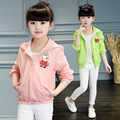 2017 Girl simple slim thin section of the jacket children fashion cartoon piglets coat of kid girls