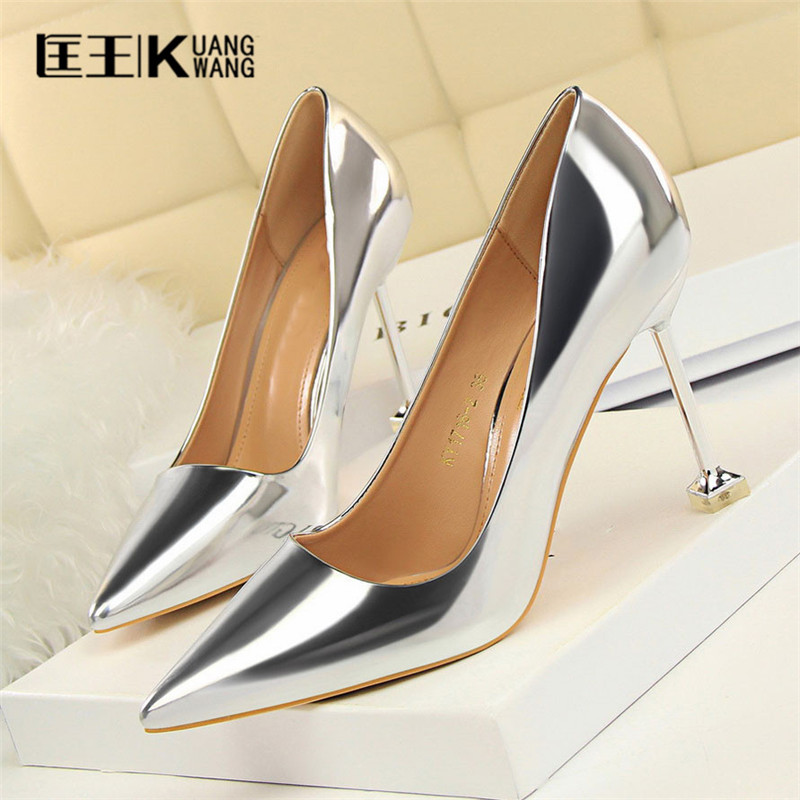 2017 Shoes Woman High Heels Women Pumps Sexy High Heels Shoes Women Pointed Toe Thin Heel Ladies Wedding Shoes Gold  Silver newest bling bling glitter high heel shoes 2017 sexy pointed toe woman pumps celebrity thin heels wedding shoes black gold silve