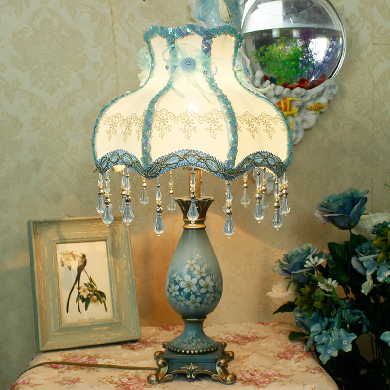 ФОТО Bedside reading room foyer sitting room living room decorative girl Resin table lamp light with crystal blue fabric shade
